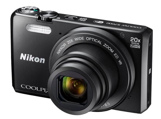 Cámara Digital Nikon Coolpix S7000