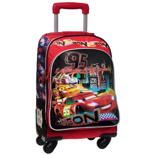 mochila con carro disney cars en oferta